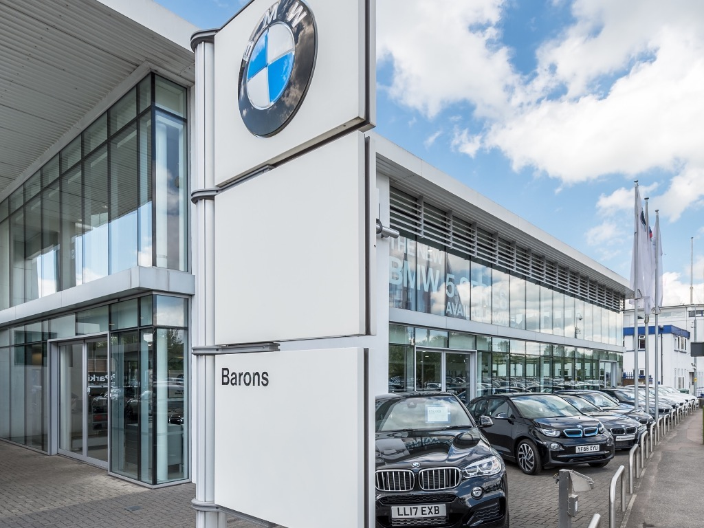 Barons BMW Borehamwood - BMW Dealership in Borehamwood