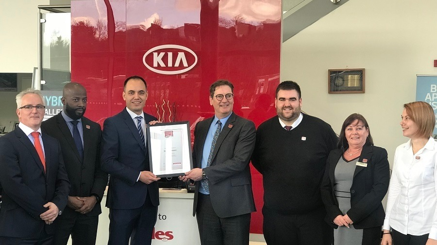 BEADLES KIA STARTS 2019 WITH CUSTOMER EXPERIENCE AWARD WIN