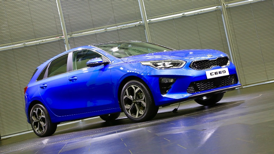 All-New KIA c'eed Makes UK Debut at London Motor Show