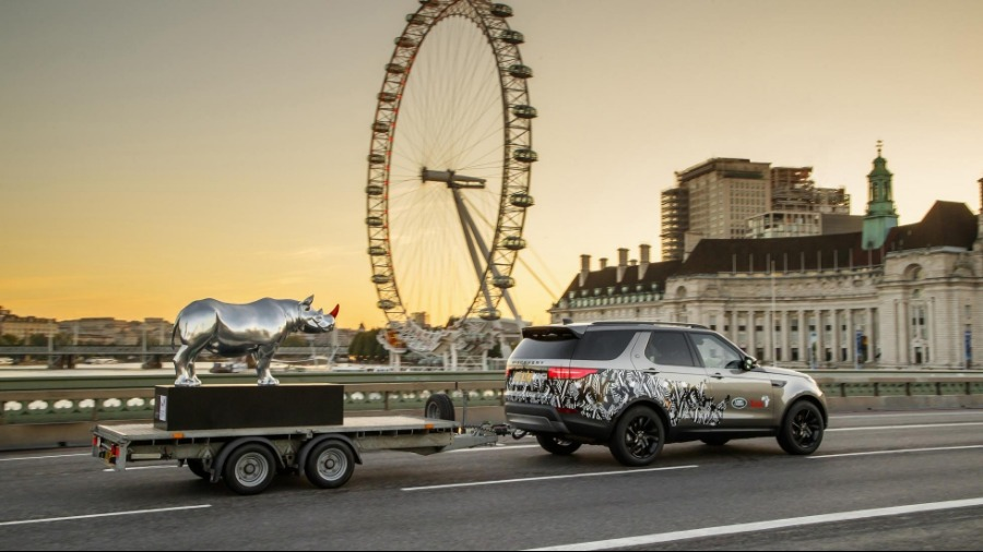 Land Rover In Partnership With Tusk Rhino Trail