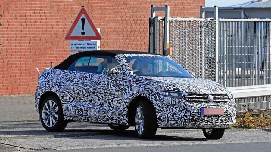 2020 Volkswagen T-Roc Cabriolet Spotted For The First Time