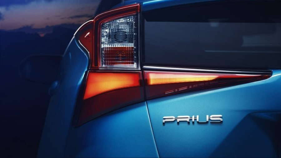 2019 Toyota Prius to Debut At Los Angeles Auto Show
