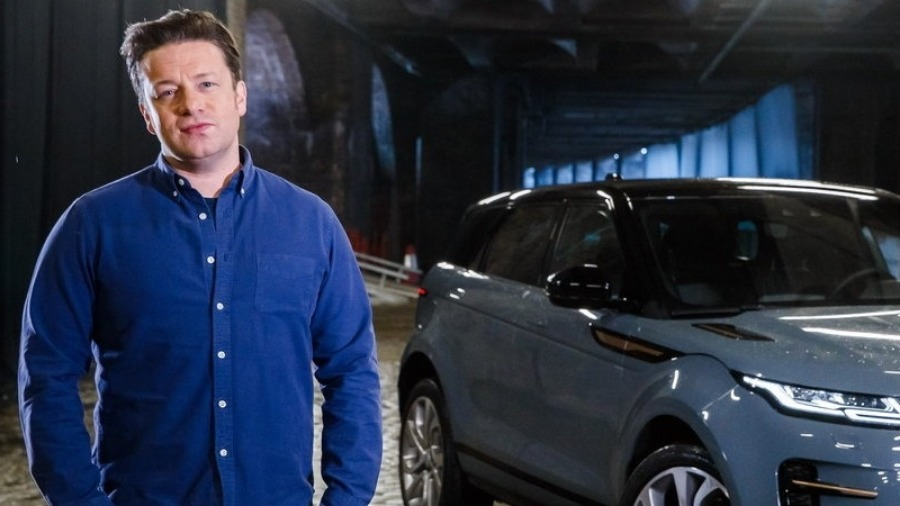 Jamie Oliver Spices Up London's Brick Lane In The New Range Rover Evoque