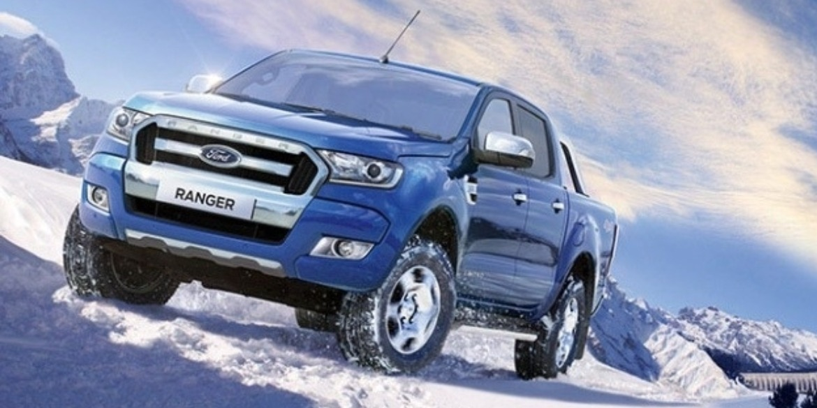Ford Ranger in the snow