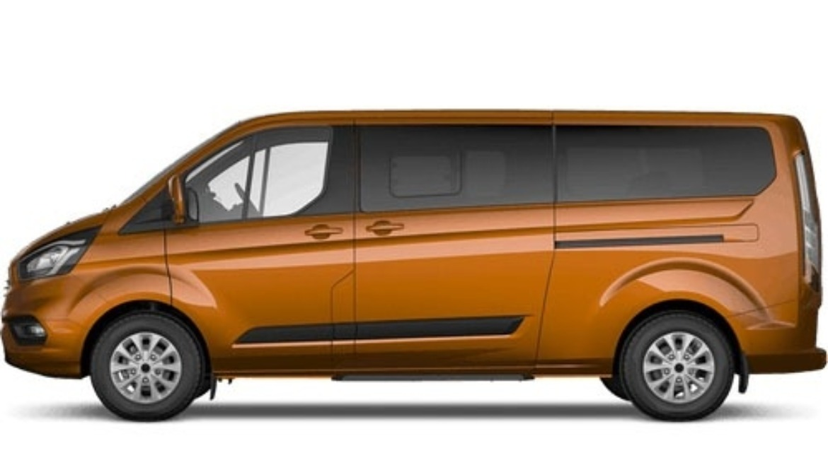 Ford Tourneo Custom Zetec in Orange Glow