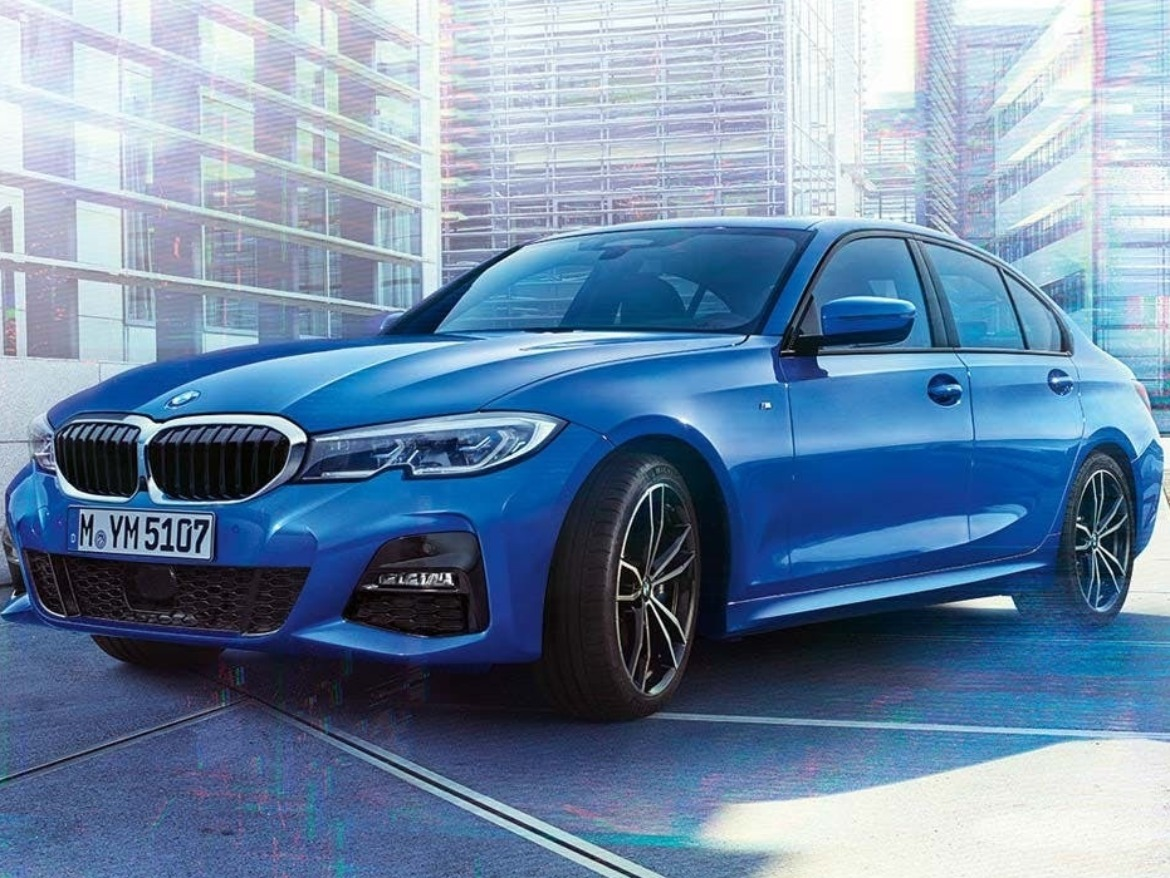 BMW 3 Series Saloon in blue