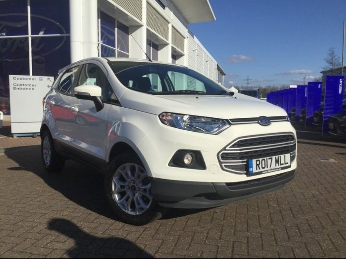 Used Ford EcoSport in Diamond White